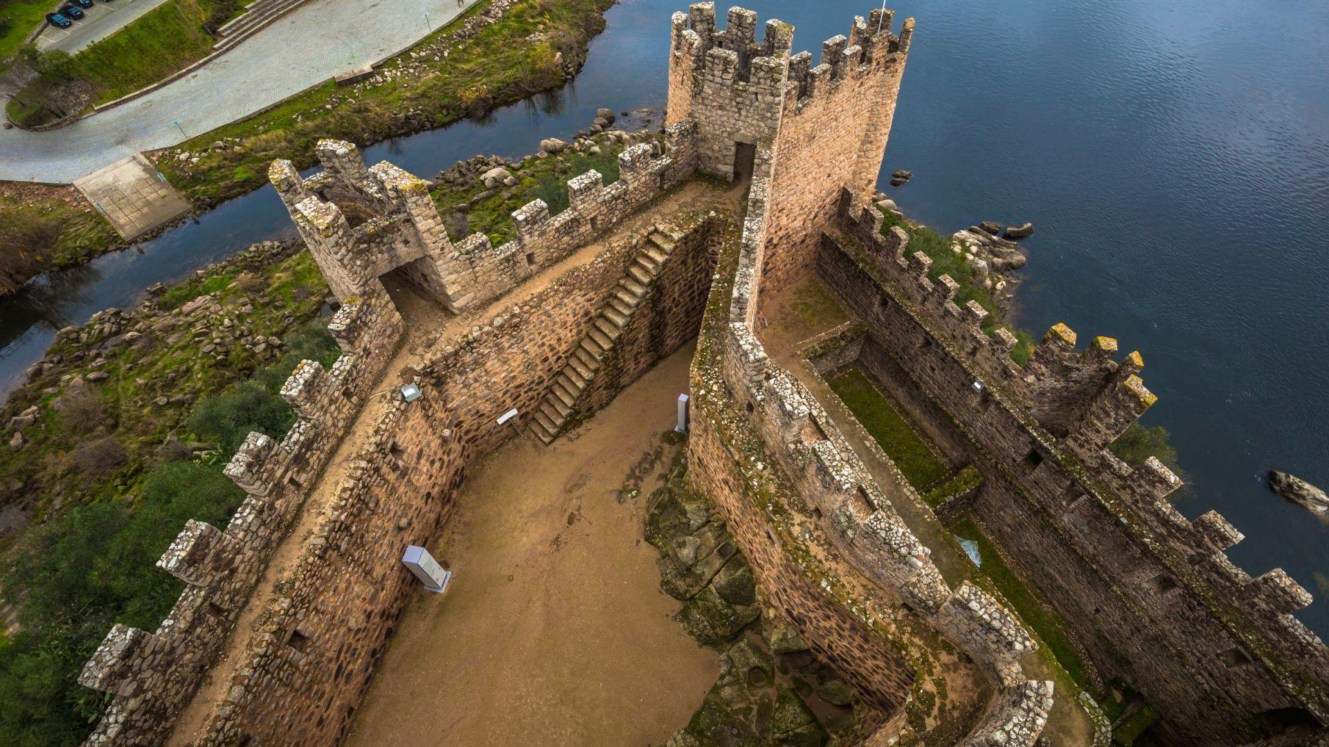 Het Almourol kasteel