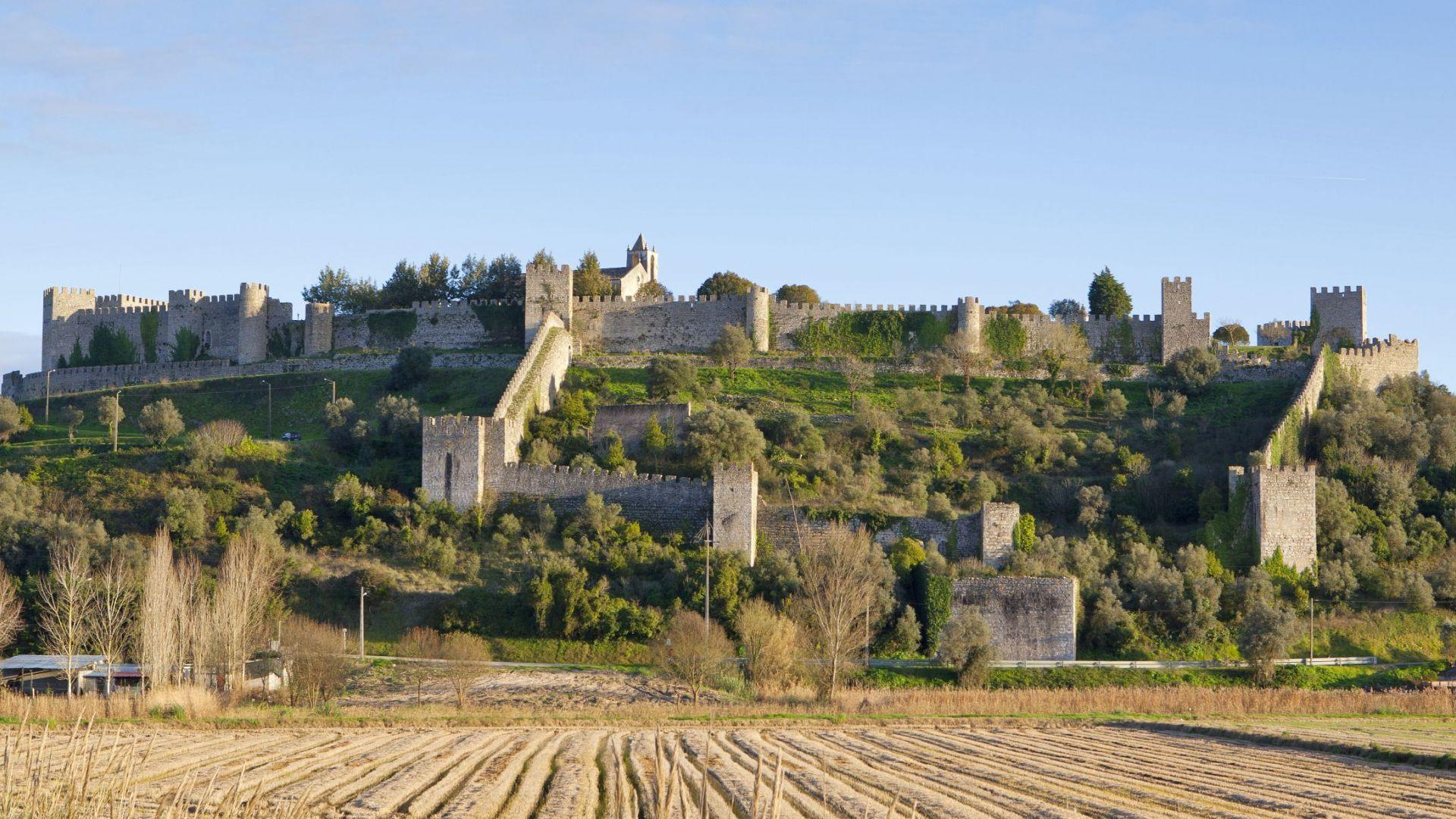 Het Montemor-o-Velho kasteel in Coimbra