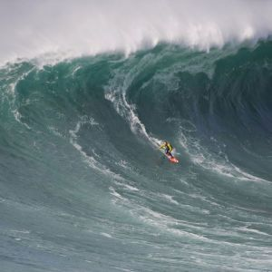 Garrett McNamara Surfing Nazare