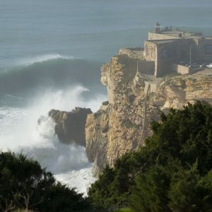 Nazaré Portugal hoge golven
